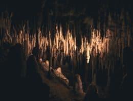 Puglia, le meravigliose grotte di Castellana